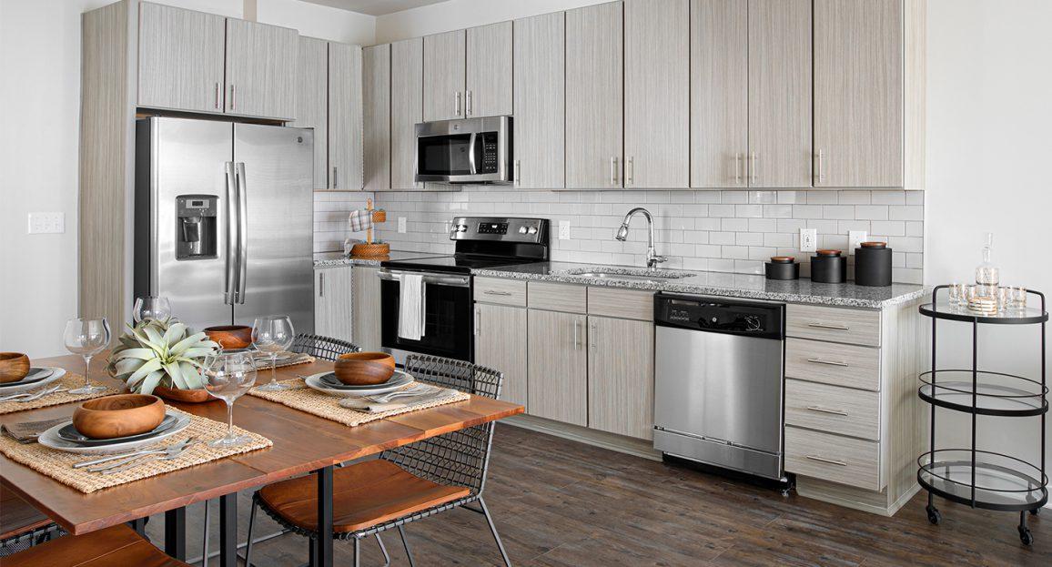 Hudson 5401 apartments kitchen